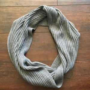 RVCA cotton & cashmere Gray Infinity Scarf